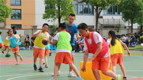 基于课标体育动感教学培育:上海市技术信息与的小学纲要兴趣小学图片