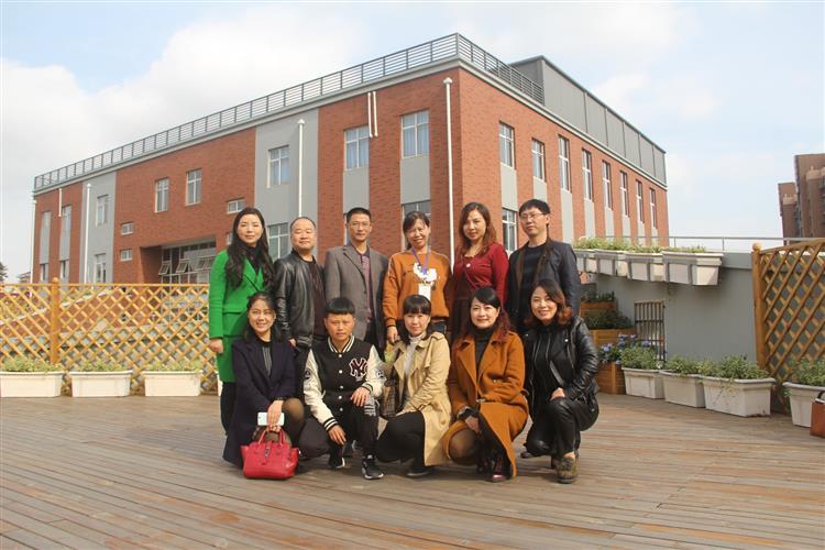 [安溪]园西小学:促对外交流谋共同发展--重庆璧小学的浦东图片