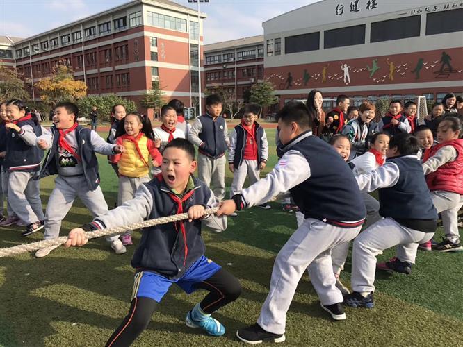 [浦东]园西小学:绳毽飞扬 健康成长--记学校冬季