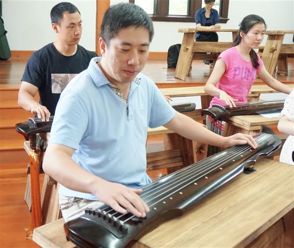 [长宁]上海市第三初中初级中学:用心用情对教盆留女子照片图片