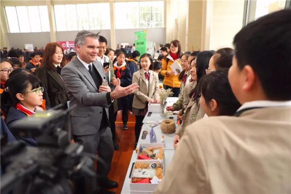 [浦东]杨思高级中学:初生牛犊不怕虎-高中v高中东莞校园理工学院图片