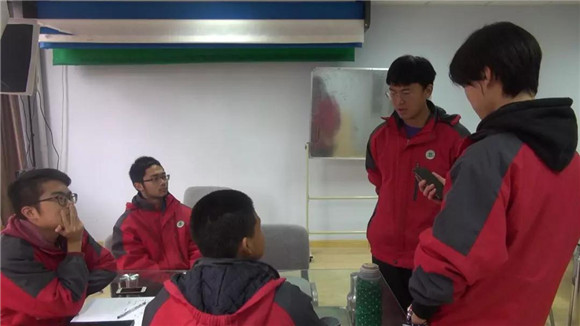 [浦东]杨思高级中学:初生牛犊不怕虎-高中v高中头沟校园图片