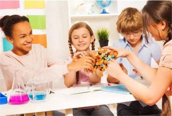 项目式学习的理论基础、教学模式与特点