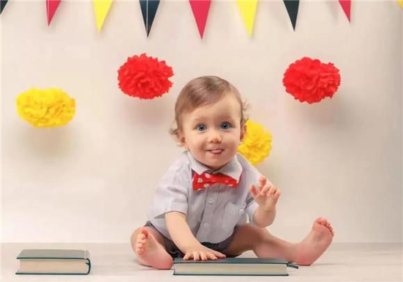 """孩子的世界太难懂?一起来破译宝宝的这些""""古怪""""行为"""
