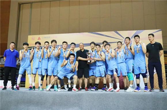 上海师大男子篮球队首次荣膺上海市大学生篮球杯赛冠军
