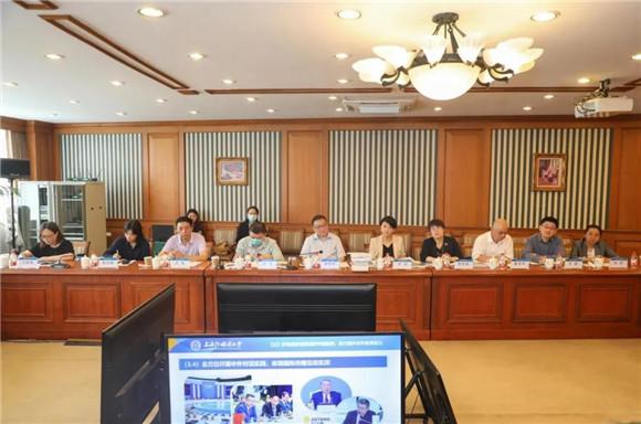 市委宣传部常务副部长胡劲军等来上外开展专题调研