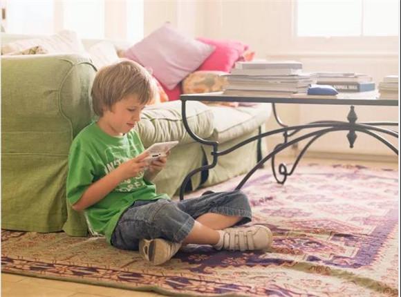防止孩子沉迷电子产品,该从何处着手?