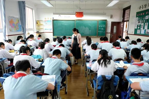 """""""双减""""政策发布后,孩子们的学习生活有了哪些新变化?"""