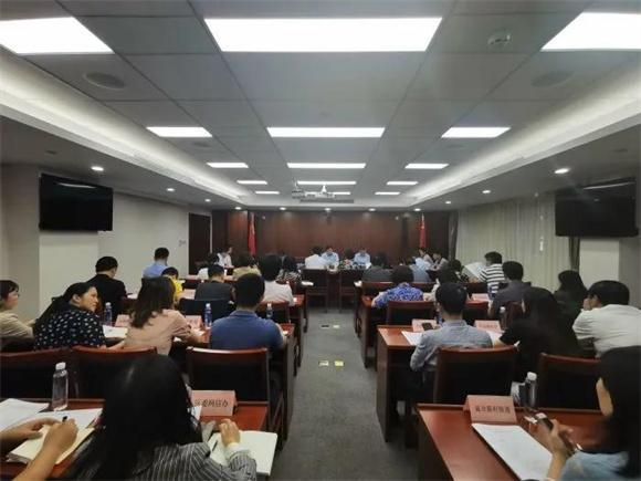 """杨浦区委教育工作领导小组召开""""双减""""工作专题会议"""
